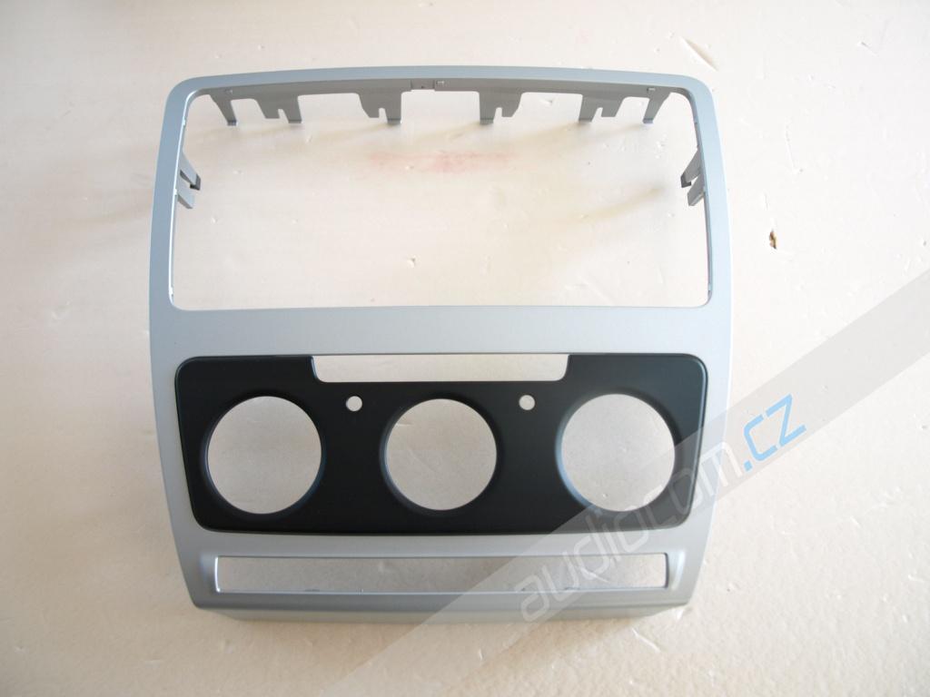 Krycí rámeček k autorádiu Škoda Octavia II. facelift s man. klimatizací - Stříbrný